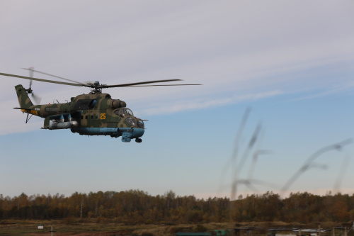 "Crews of Russian helicopters in the course of the training ""Indestructible Brotherhood-2020"" in the Republic of Belarus ensured the landing operation and delivery of humanitarian cargo"